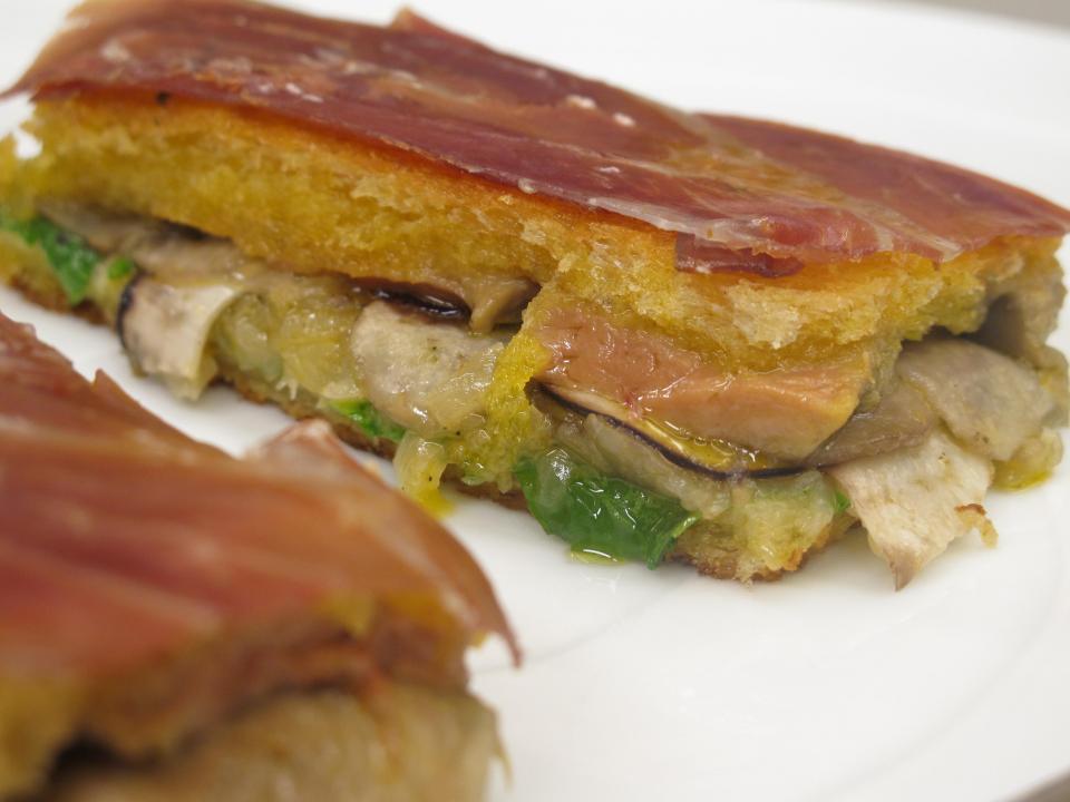 Foie eta onddo sandwitxa